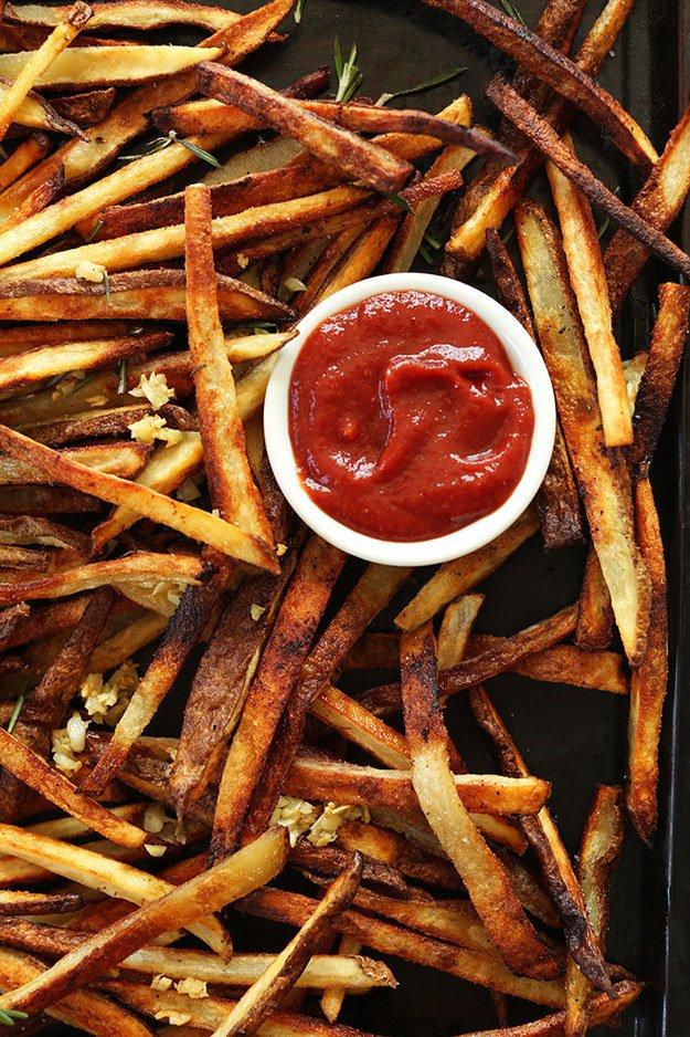 Baked Garlic Matchstick Fries