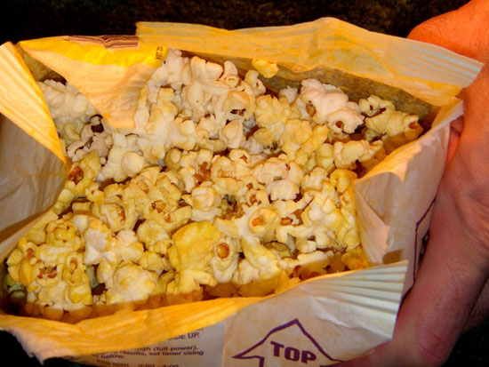 Microwave Popcorn gives off a Toxic, Lung-Damaging Gas when Cooked