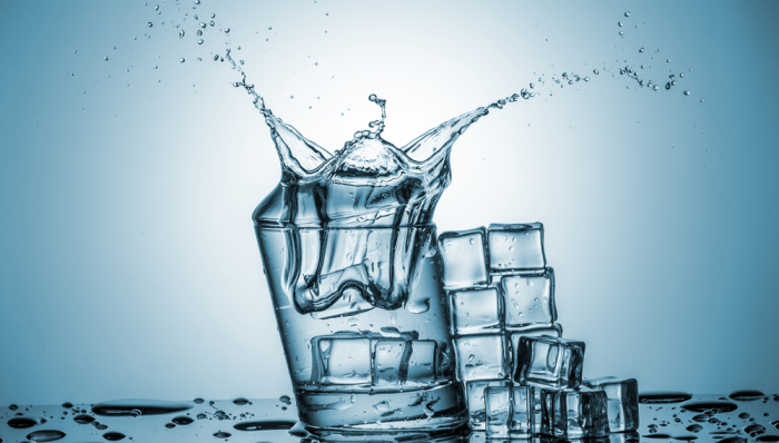 Warning! 2 Reasons You Should Never Drink Ice Water