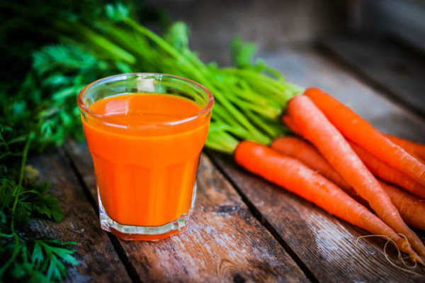 How Carrot Juice Heals Cancer