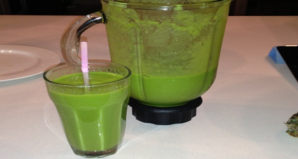 A Green Bomb This Drink Can Help You Burn 2kg of belly Fat in No Time! (RECIPE)