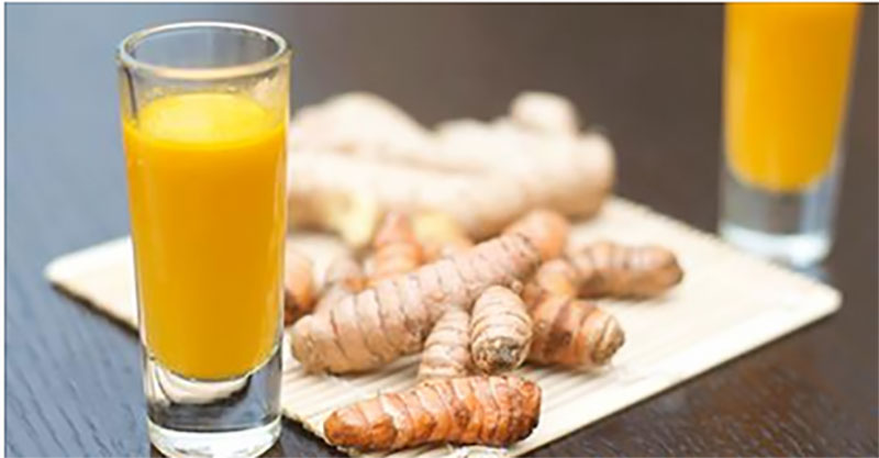 Powerful Cleansing Turmeric & Ginger Tea