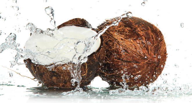 thumbs_51247-cfakepathis-coconut-water-the-cure-for-dehydration-newbeauty.